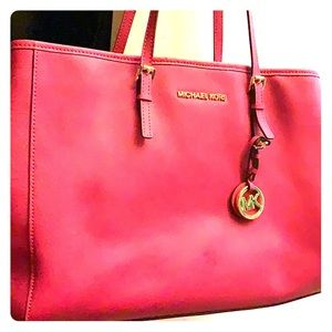 Jet Set Travel Large Pink Saffiano Leather Tote